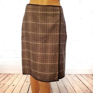 Banana Republic grey wool pencil skirt